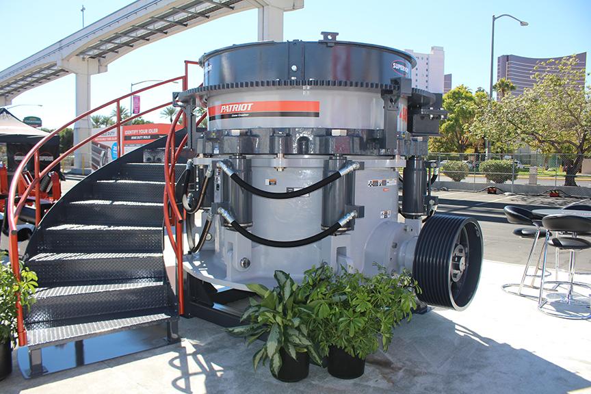 Машина дня: конусная дробилка Patriot от компании Superior Industries