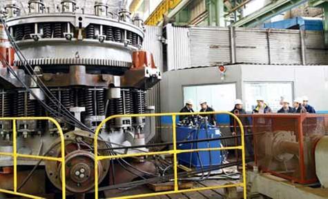 Несколько обогатительных фабрик России запускают в работу дробилки Уралмашзавода
