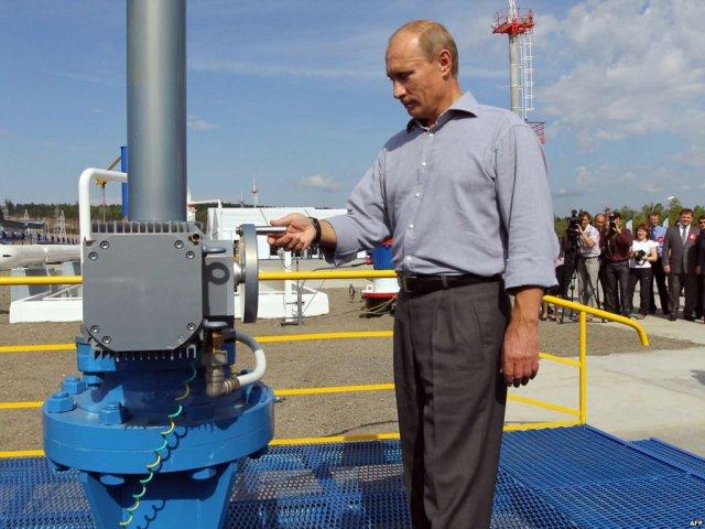 Российских нефтяников с ноября принудят к импортозамещению