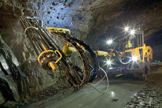 На угольной шахте ЕВРАЗа запущено современное проходческое оборудование