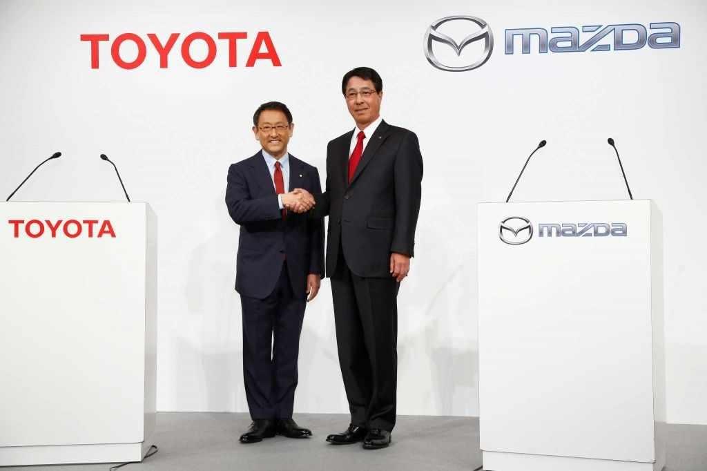 Toyota и Mazda объединились для совместного производства электромобилей