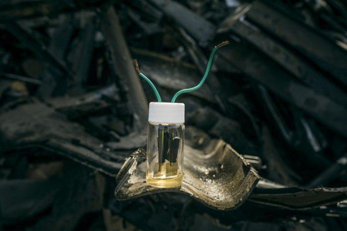 Ученые успешно испытали аккумулятор из металлических отходов
