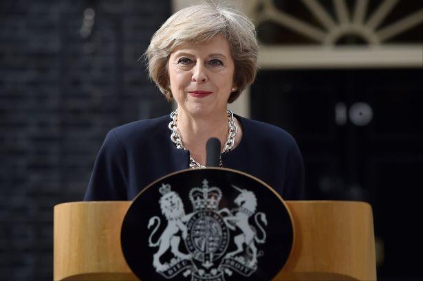 Тереза Мэй едет в Индию расширять торговые связи перед выходом Британии из ЕС