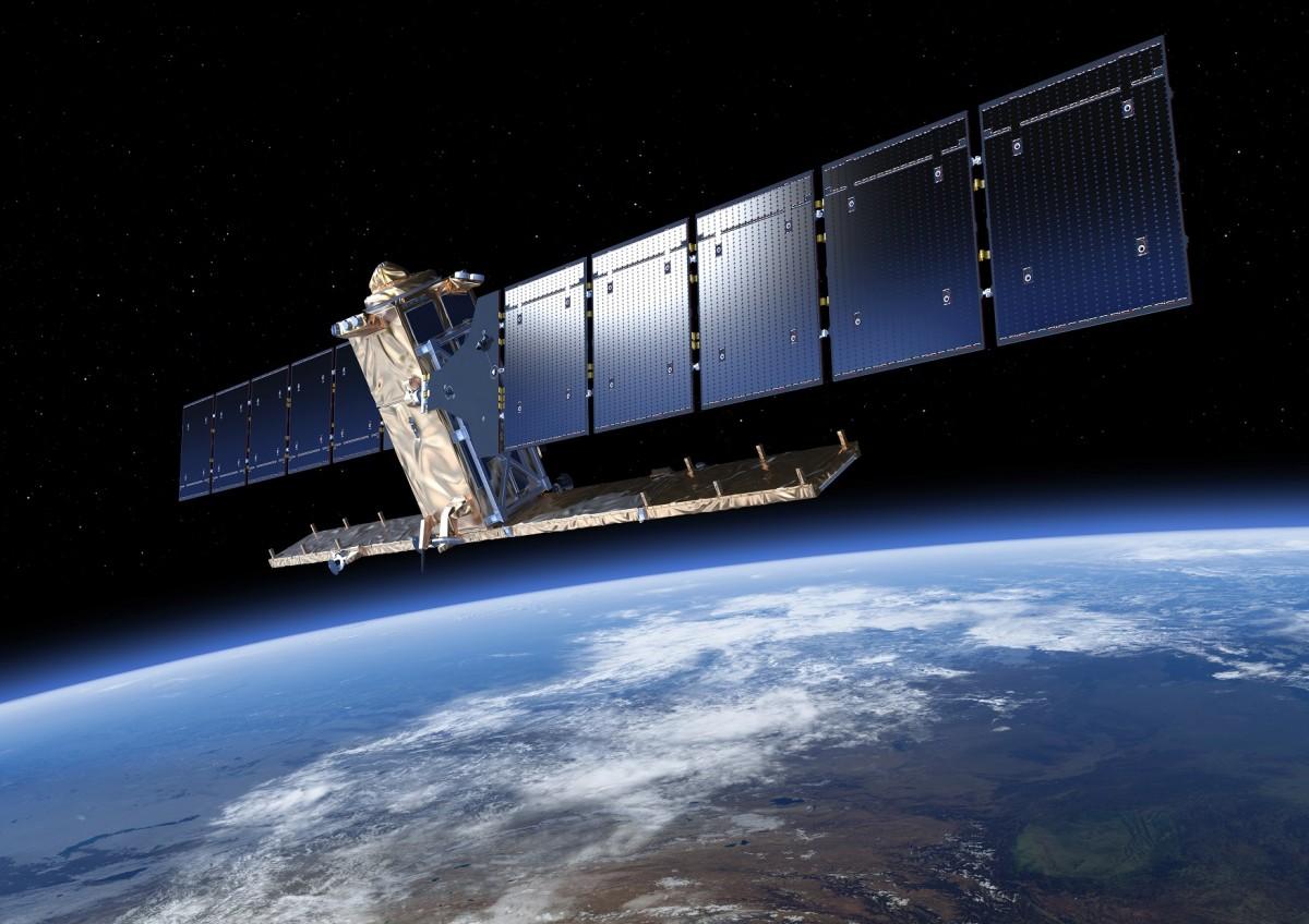 Крупнейшая российская алмазная компания будет наблюдать за промышленными объектами из космоса