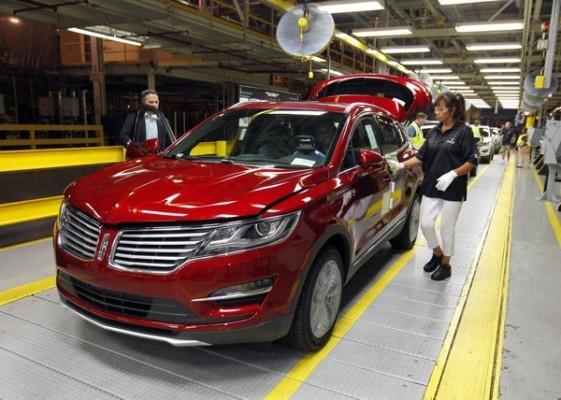 По настоянию Трампа Ford отменил строительство завода в Мексике