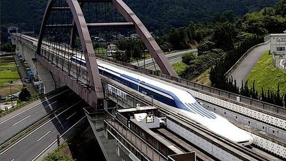 Китай инвестировал миллиарды в сети железных дорог