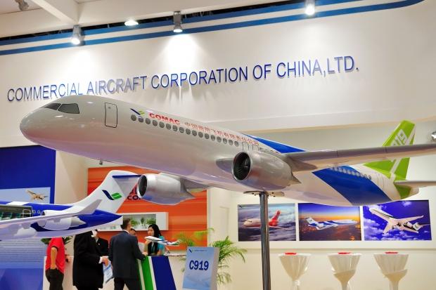 Первый китайский пассажирский самолет дебютирует в этом году