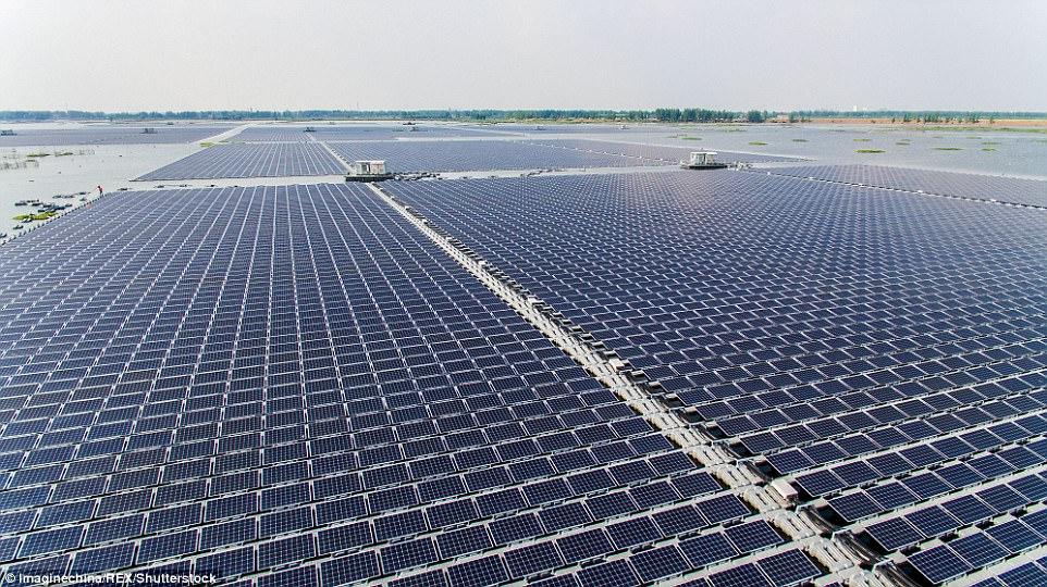 Крупнейшую в мире плавучую солнечную электростанцию запустили в КНР