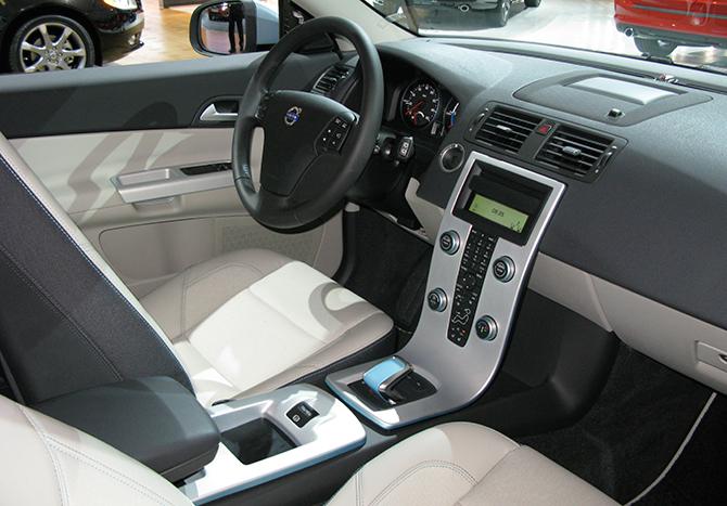 Volvo перейдет на производство электромобилей с 2019