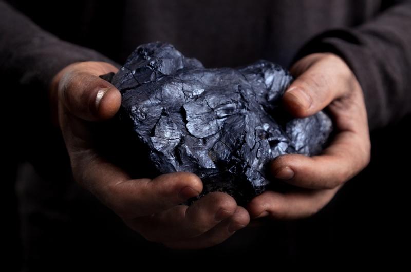 Рост производства стали в Китае повышает котировки угля