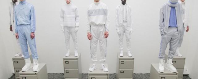 Новый офисный дресс-код: кроссовки и спортивный костюм