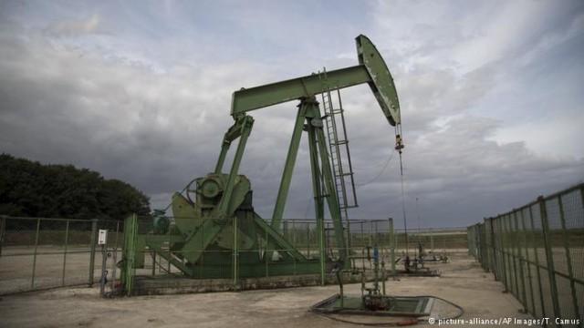 Страны ОПЕК продлили ограничения нефтедобычи до конца 2018