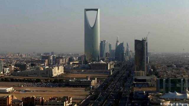 Саудовская Аравия и ОАЭ впервые вводят НДС