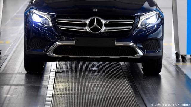 Mercedes - лидер продаж автомобилей премиум-класса
