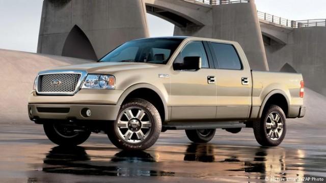 Ford обвиняют в манипуляциях с вредными выбросами