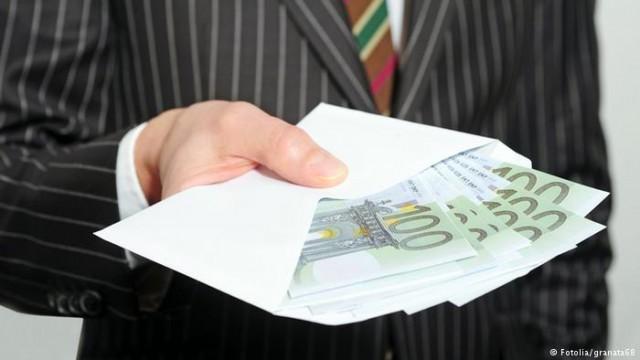 Еврокомиссия критикует ряд стран ЕС из-за их налоговую политику