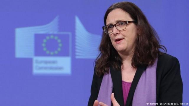 ЕС угрожает США контрмерами в ответ на новые пошлины