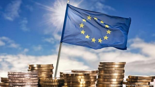 ЕС выделит Греции 67 миллиарда евро помощи