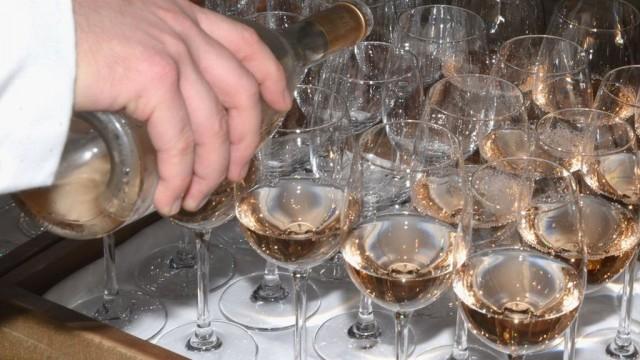 Винный скандал: во Франции испанское вино выдавали за французское