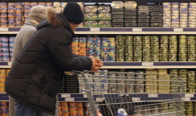 """""""С доходами все очень плохо"""": россияне начинают экономить на еде"""