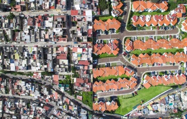 Пропасть между бедными и богатыми в фото