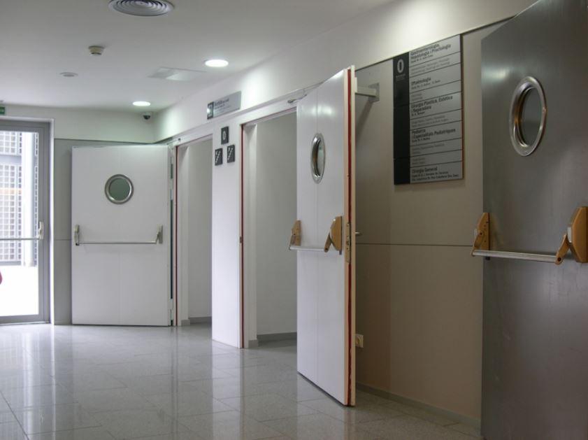 Противопожарные двери: гарантия надежной защиты от жилья
