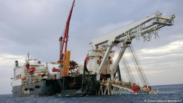 """В Финском заливе начали укладывать трубы для газопровода """"Северный поток-2"""""""