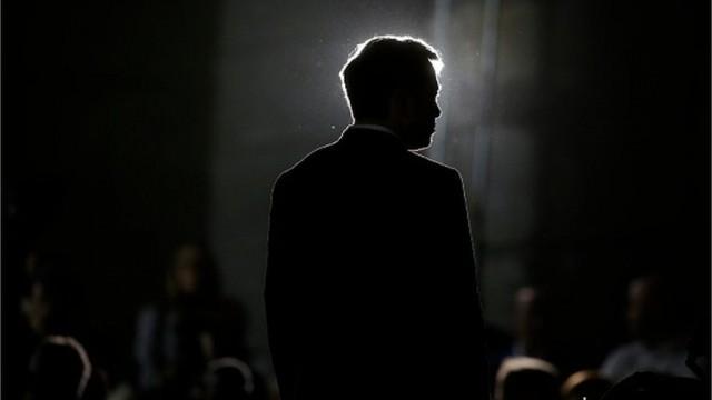 Маск выходит из совета директоров Tesla на фоне обвинений в мошенничестве