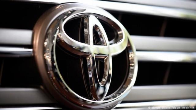 Toyota отзывает 24 миллиона гибридных автомобилей Prius и Auris