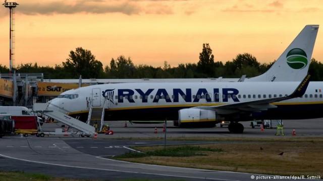 Франция конфисковала самолет Ryanair из-за спора по субсидиям