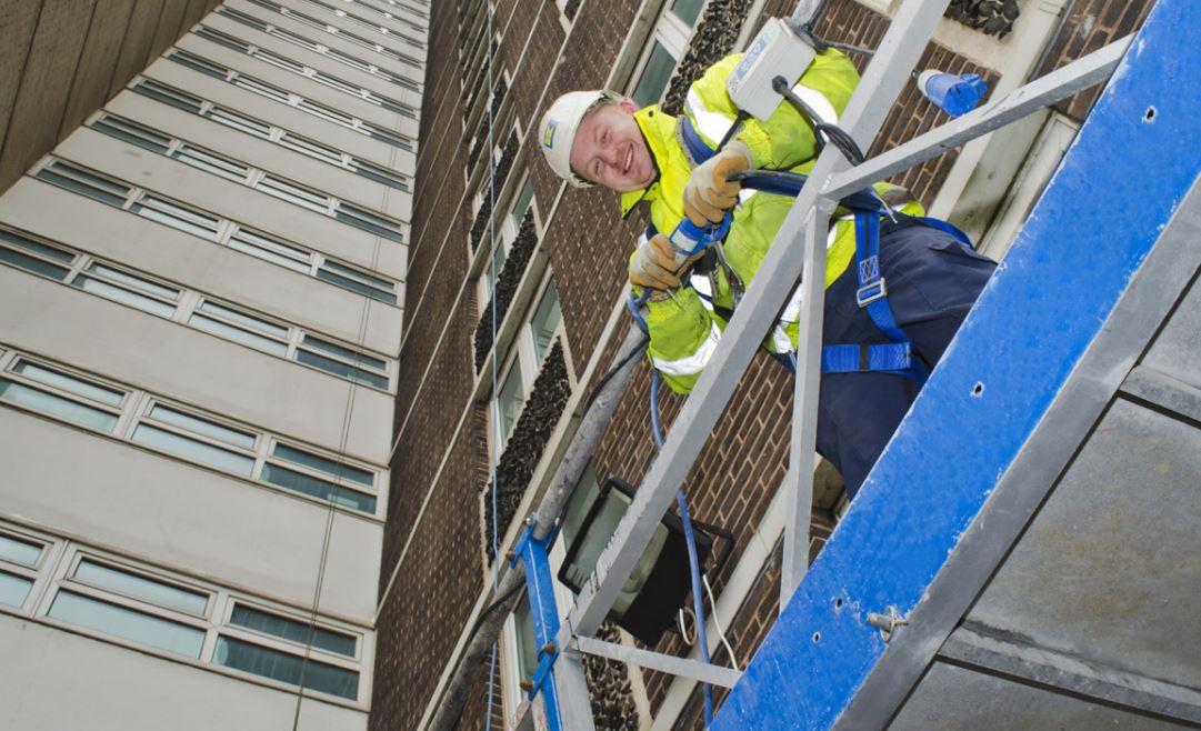 Аренда строительных люлек: гарантия быстрого и качественного выполнения работ