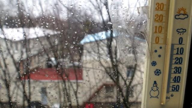 Они мерзнут! Каким украинским городам не включили тепло и почему