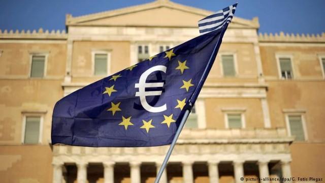 """Греция приняла """"самостоятельный бюджет"""" на 2019"""