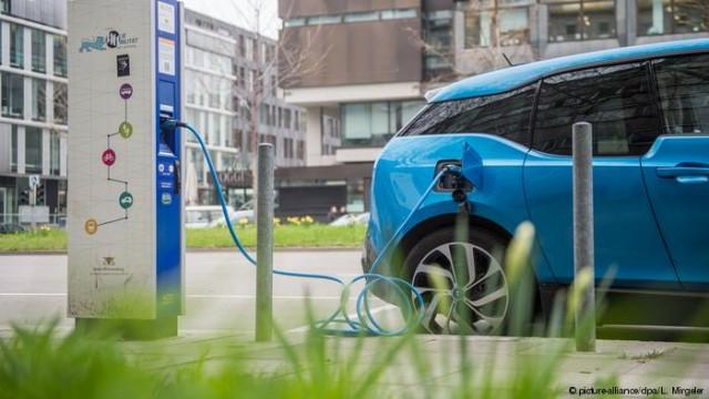 Электрокары в Украине: готова инфраструктура? (Видео)