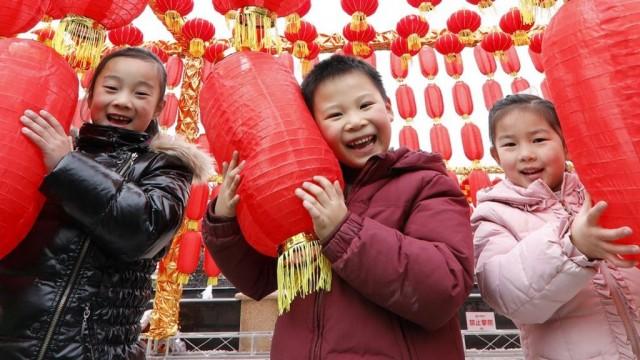 Население Китая достигнет пика в 2029 году и начнет снижаться