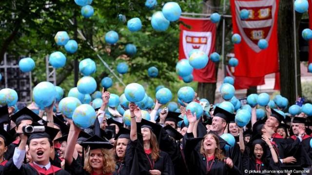 Студенты в США могут привести следующую финансовый кризис
