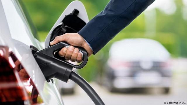 Электромобили и экология как Volkswagen стремится стать мировым лидером