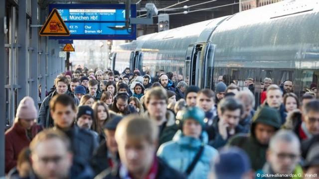 Почему в пунктуально Германии опаздывают поезда
