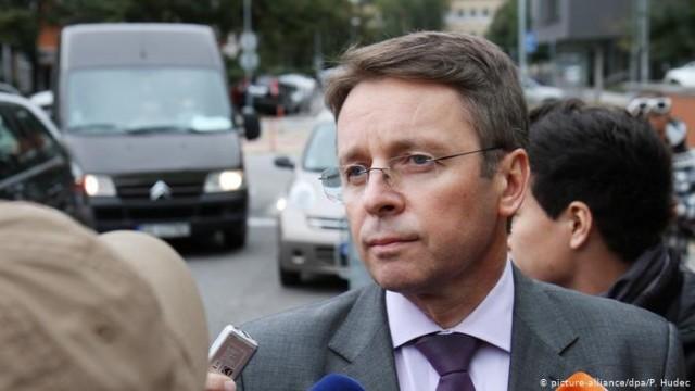 Советник украинского правительства Иван Миклош Старая система защищается