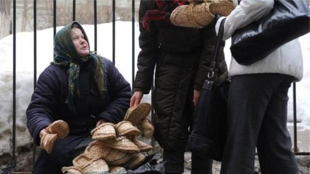 Россияне слишком бедны, чтобы купить себе обувь. Кремль сомневается