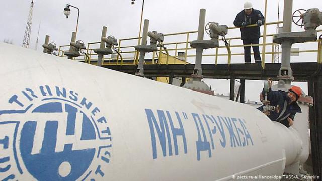 """В Москве обещают нормализовать ситуацию с нефтью в """"Дружбе"""" в первой половине мая"""