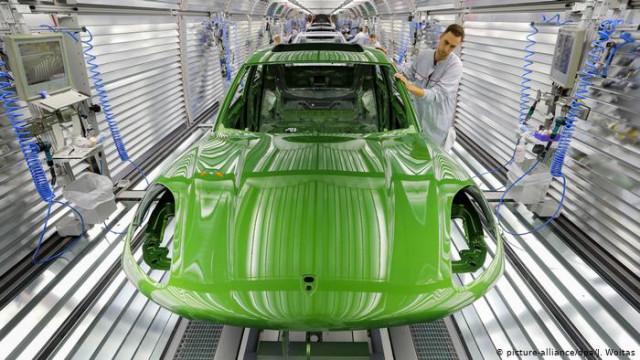 "Porsche оштрафовали на полмиллиарда евро за ""дизельгейт"""
