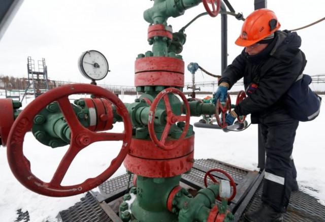 Россия изменила порядок экспорта топлива в Украину. Как это повлияет на цены?