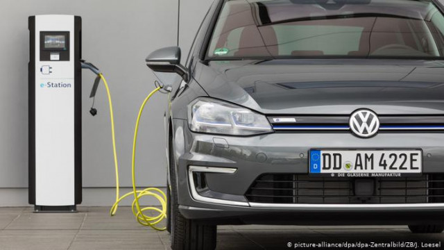 Мировой автопром за год удвоил инвестиции в выпуск электромобилей