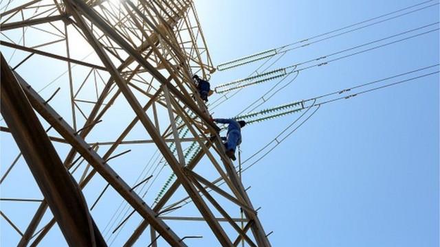 Укрэнерго предупреждает о возможности аварийных отключений из-за жары