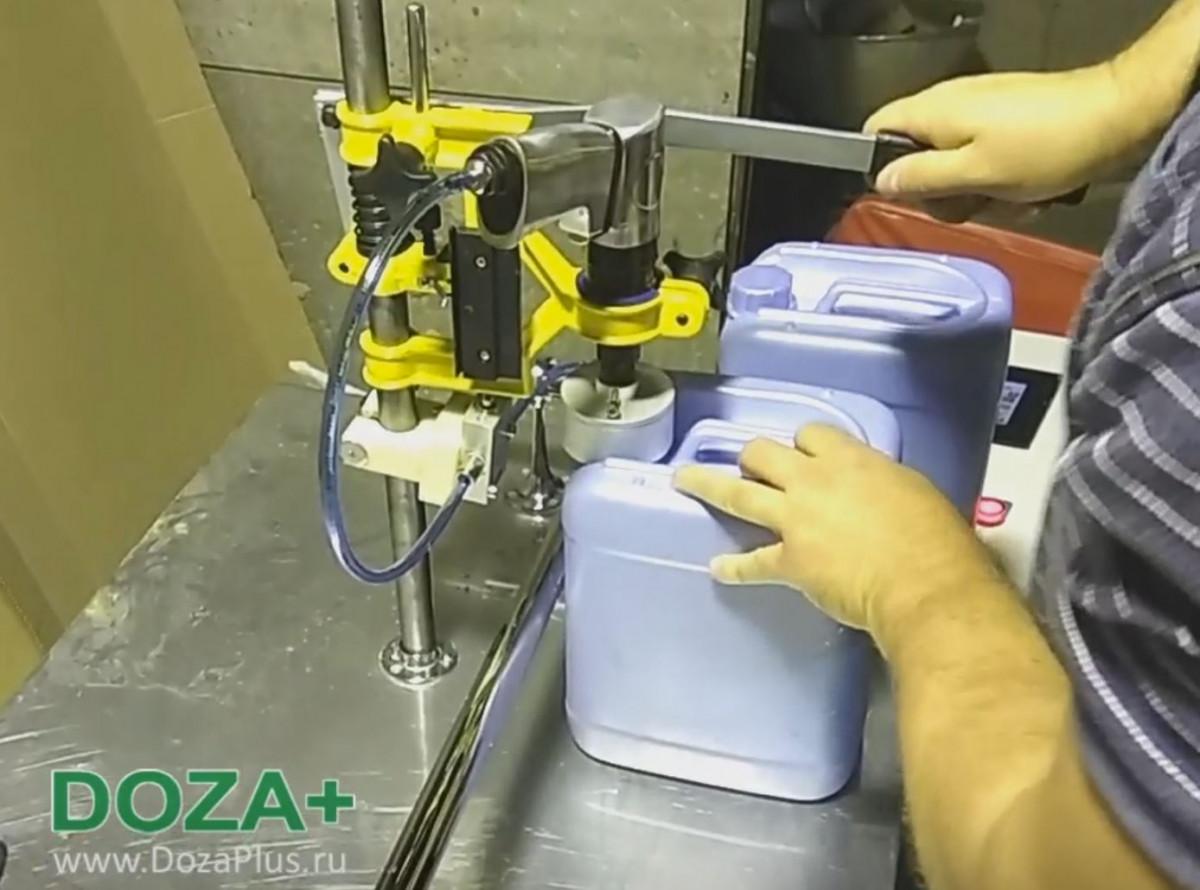 Классификация устройств розлива по типу дозатора