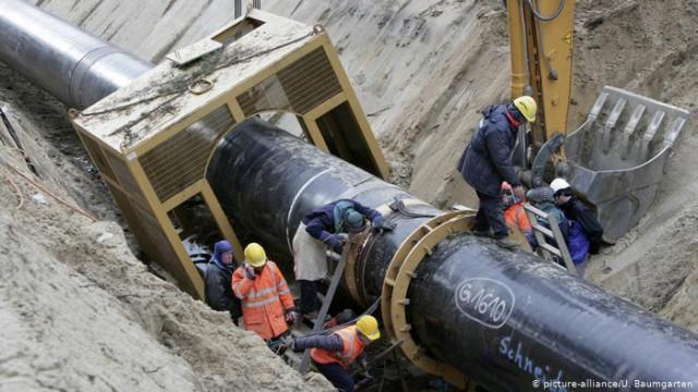 "В ФРГ требуют от ""Газпрома"" вдвое сократить прокачку по газопроводу OPAL"