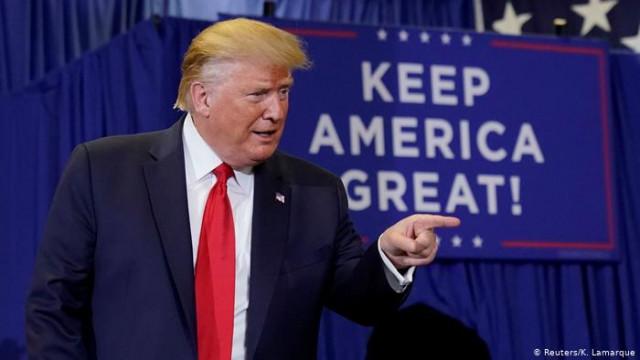 Трамп отложил повышение пошлин на китайские товары