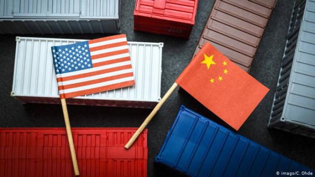 """Китай и США провели """"конструктивные"""" консультации перед торговыми переговорами"""