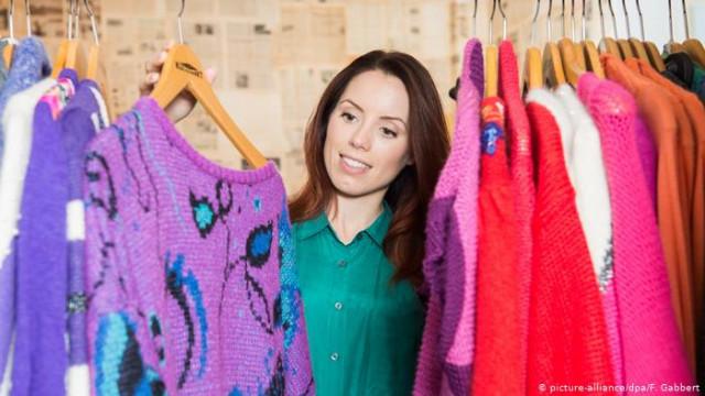 В ФРГ ежегодно уничтожается все больше новенького одежды - исследование